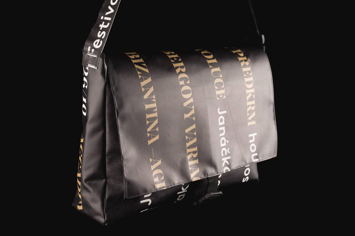Velká taška